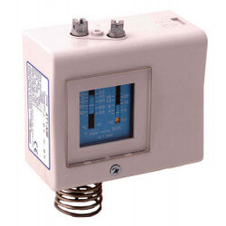 TS1-C0P Series Adjustable Thermostat with Frost Monitor and Auto Reset Product Image