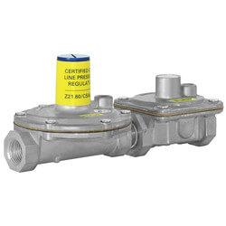 "1/2"" Lever Acting Gas Regulator (200,000 BTU) Product Image"
