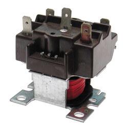 SPDT Relay (24V) Product Image