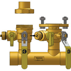 "2"" Sweat Run x 1""<br>Hydro-Core Right Flange Manifold w/ 1"" SWT Union Product Image"