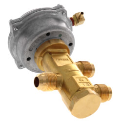 "VP 656 Powermite 3-Way Mixing Valve, 1/2"" Flare<br>3-8 psi, 1.5 cv Product Image"