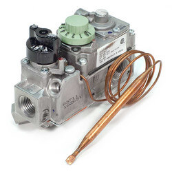 "1/2"" X 1/2"" Low Profile Combo Gas Valve<br>(70,000 BTU) Product Image"