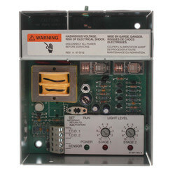 Two-Stage Outdoor Lighting Controller w/ C7057A1000 Sensor Product Image