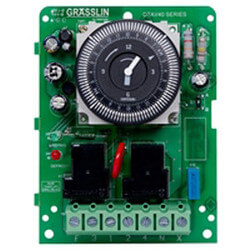 Auto-Voltage Defrost Timer, 2 HP 60 Hz (120-240V) Product Image
