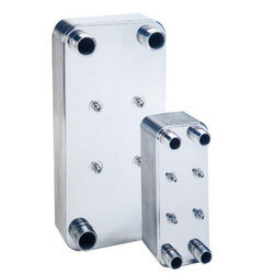 "10 plate,1"" MPT<br>Low Pressure Drop<br>Heat Exchanger (5"" x 12"") Product Image"