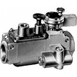 "3/8"" Automatic Pilot Gas Valve w/ Manual Shutoff (122,000 BTU) Product Image"
