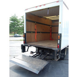 Lift Gate Service For Freight Deliveries