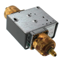 """Differential Pressure Control, SPDT Differential w/ 1/4"""" Male Fittings Product Image"""