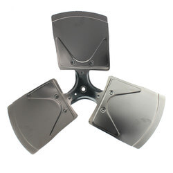 "22"" Aluminum 3<br>Blade Fixed Hub<br>Fan Blade (27° Pitch) Product Image"