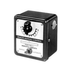 Manual Potentiometer<br>w/ DPDT toggle switch Product Image