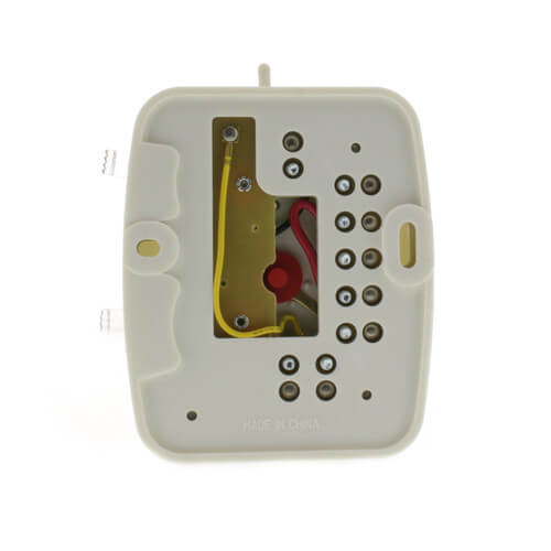 Heat/Cool Snap Acting thermostat in white vertical mount